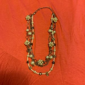 Multi-strand pearl bead cluster necklace